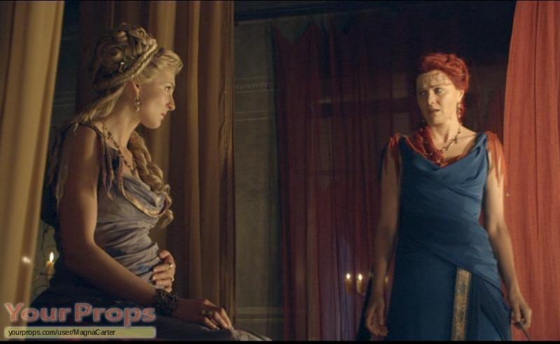 Spartacus: Vengeance Spartacus Lucretia roman gown worn by Lucy ...