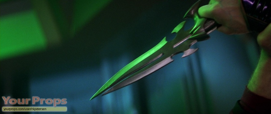 Star Trek  Nemesis United Cutlery movie prop weapon