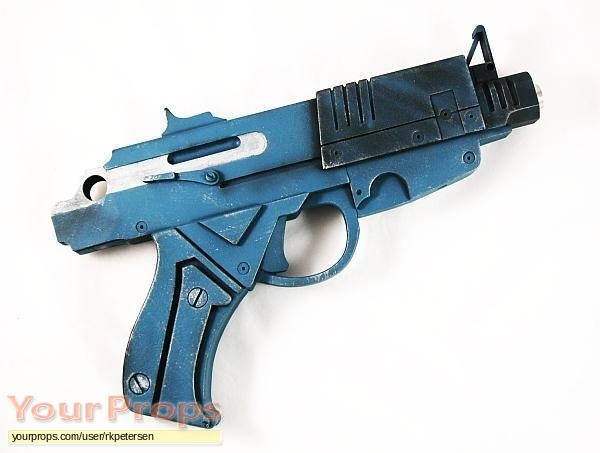 Alien  Resurrection replica movie prop weapon