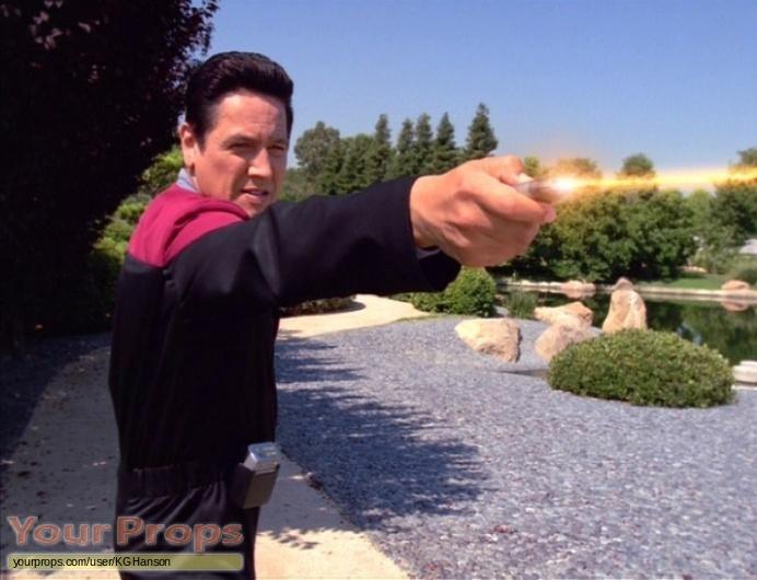 Star Trek  Voyager original movie prop weapon
