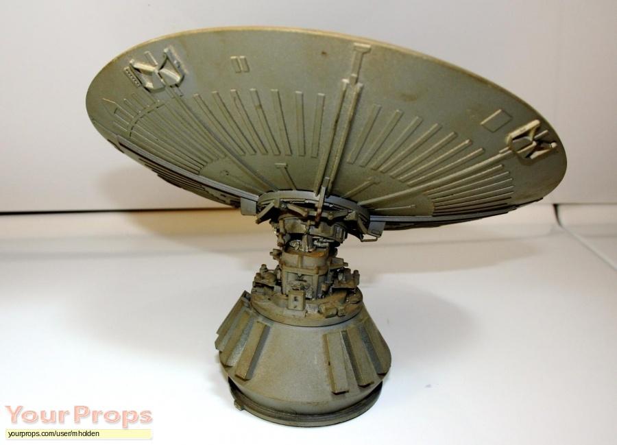 Alien original model   miniature