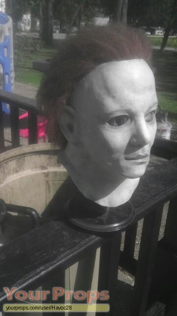 Halloween 6  The Curse of Michael Myers replica movie prop