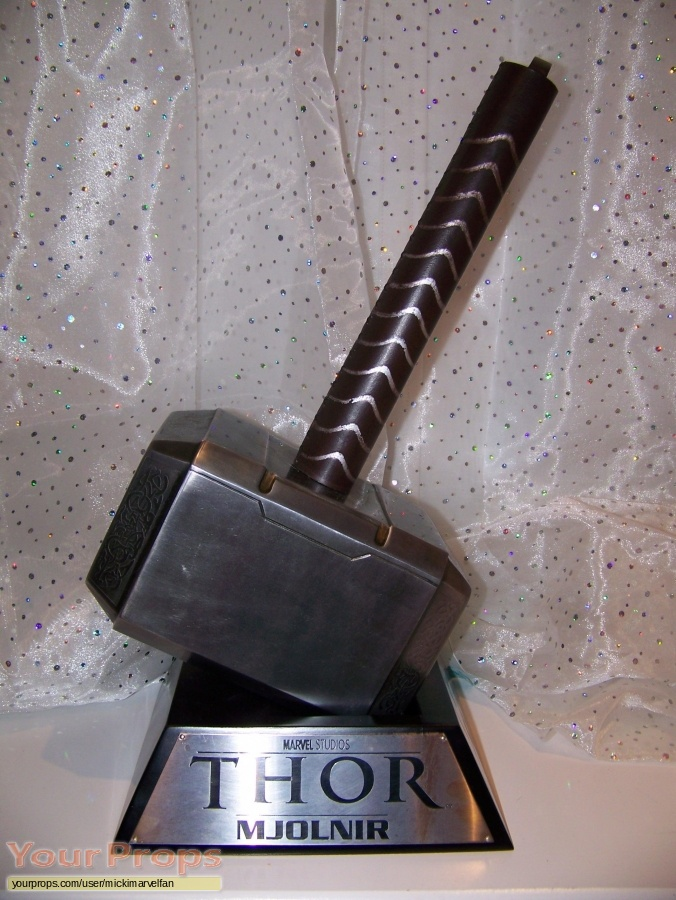 Thor Sideshow Collectibles movie prop