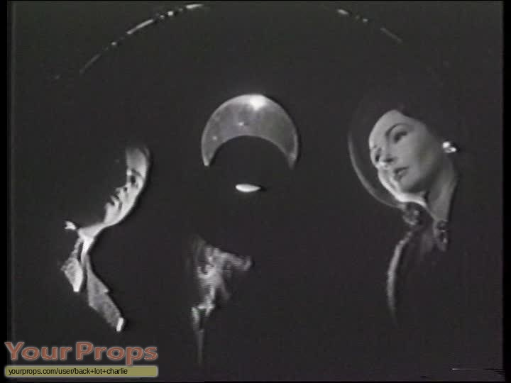The Amazing Mr  X   The Spiritualist original movie prop