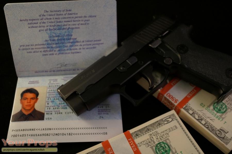 The Bourne Supremacy replica movie prop weapon
