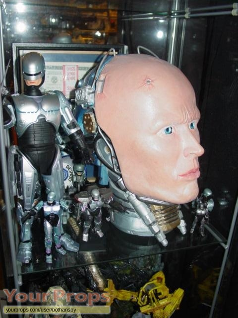 Robocop replica movie prop