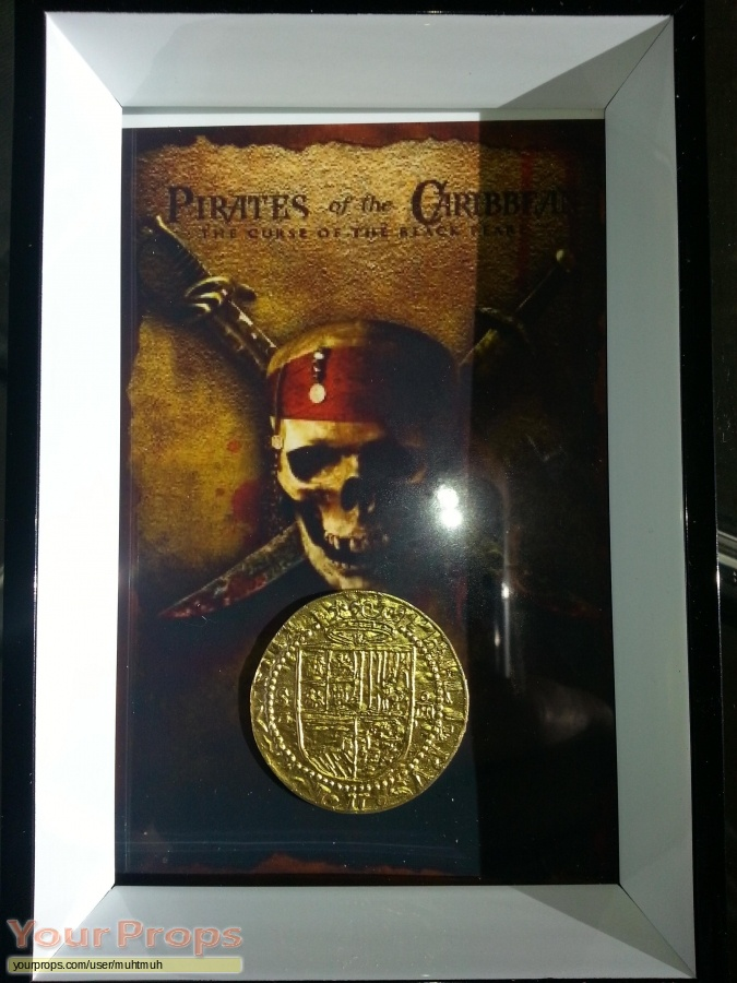 Pirates of the Caribbean  The Curse of The Black Pearl original set dressing   pieces