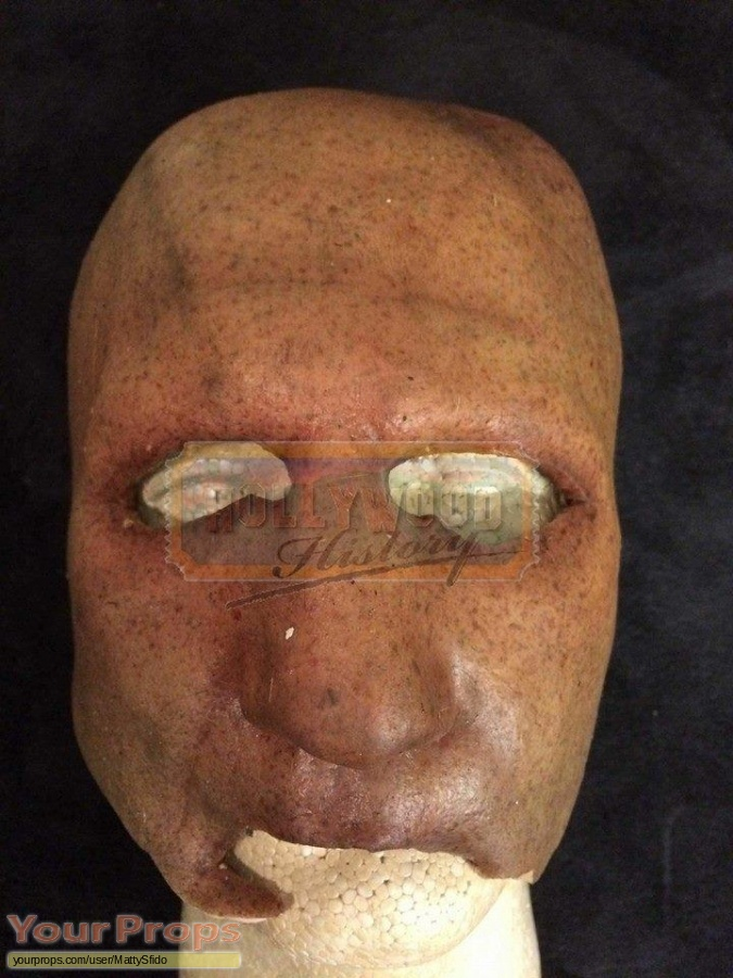 Texas Chainsaw Massacre 3D original movie costume