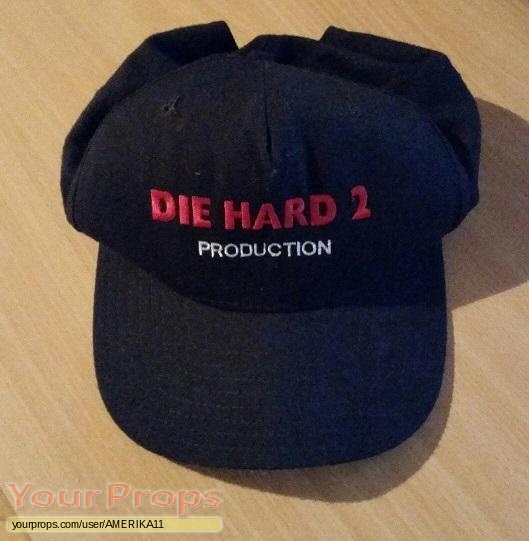 Die Hard 2 original film-crew items