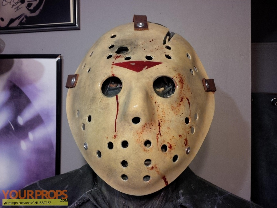 Friday the 13th  Part 6  Jason Lives replica movie prop