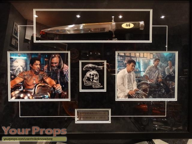 The Expendables replica movie prop weapon