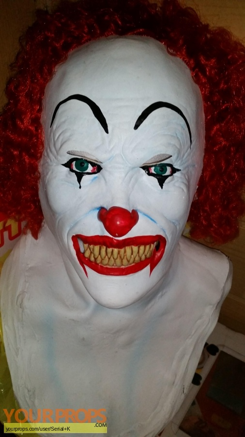 Stephen Kings It replica movie costume