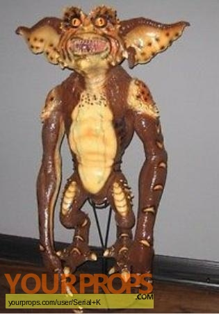Gremlins 2  The New Batch replica movie prop
