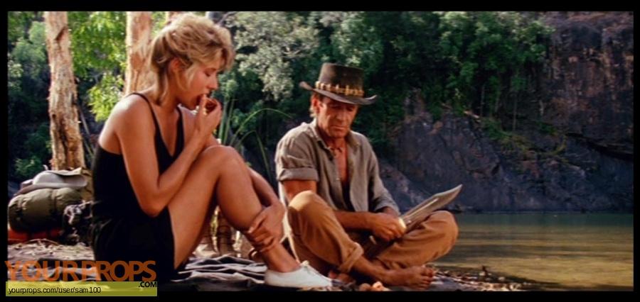 Crocodile Dundee replica movie prop weapon