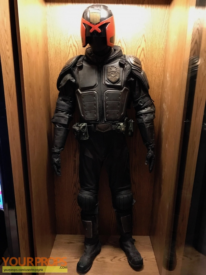 Dredd original movie costume