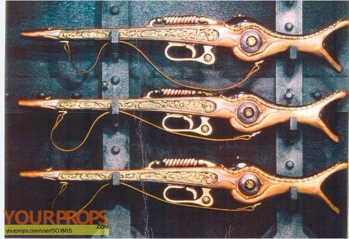 20 000 Leagues Under The Sea replica movie prop weapon