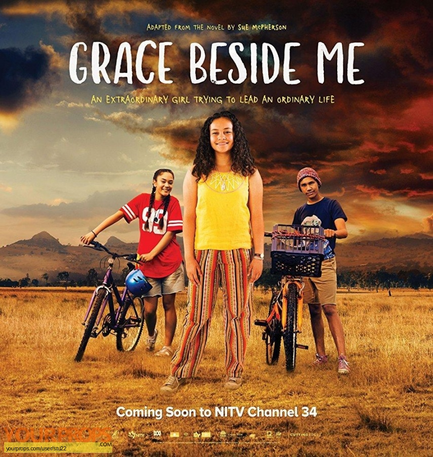Grace Beside Me original set dressing   pieces
