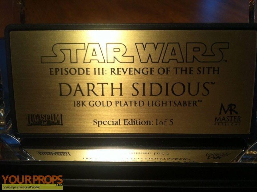 Star Wars  Revenge Of The Sith Master Replicas movie prop