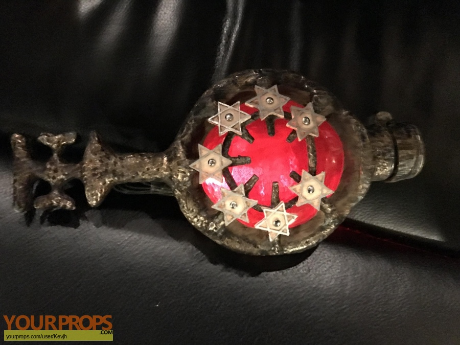 Tales from the Crypt Presents  Demon Knight replica movie prop