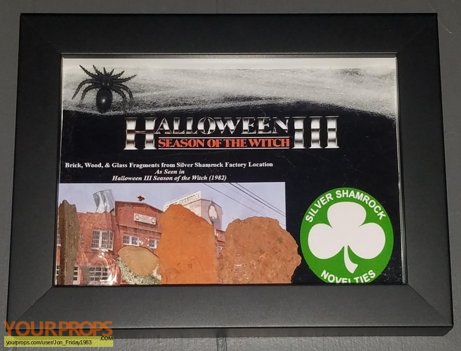 Halloween 3  Season of the Witch original set dressing   pieces
