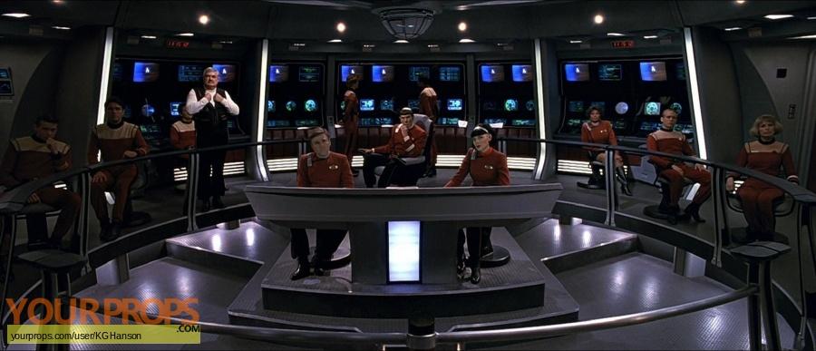 Star Trek  Generations original set dressing   pieces