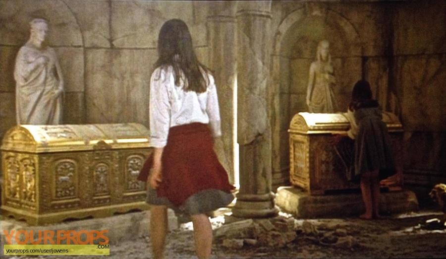 The Chronicles of Narnia  Prince Caspian original set dressing   pieces