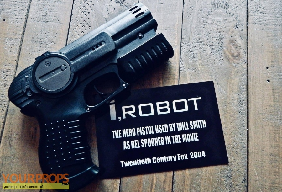 I  Robot original movie prop
