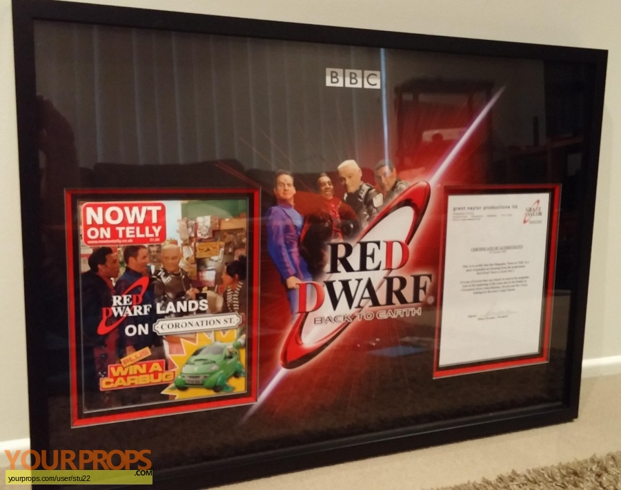 Red Dwarf original set dressing   pieces