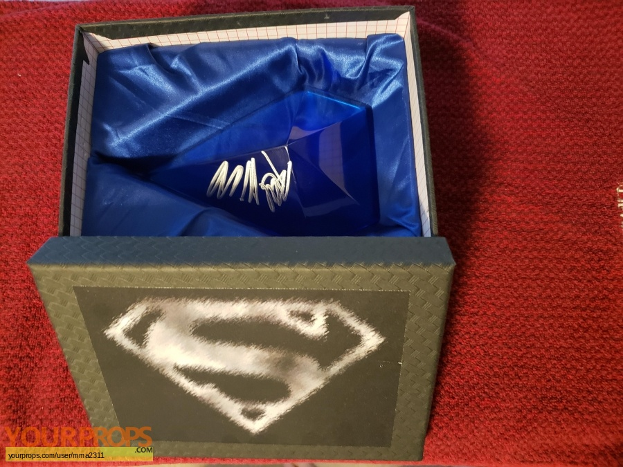 Smallville Master Replicas movie prop