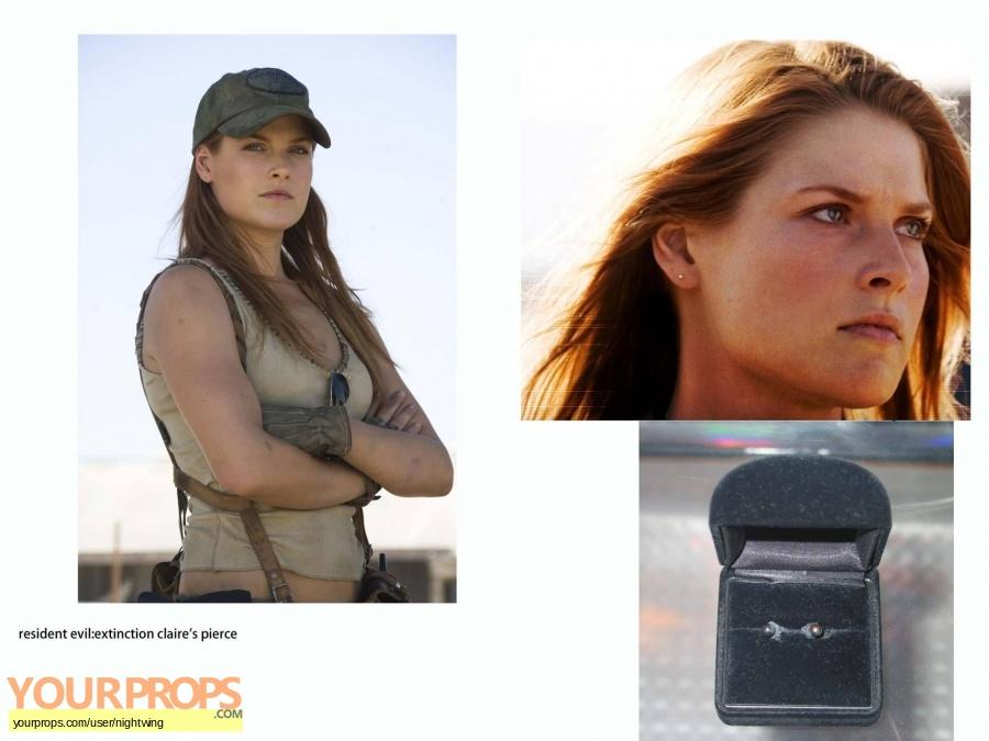 Resident Evil 3 Claire (Ali Larter) Hero Costume original movie costume