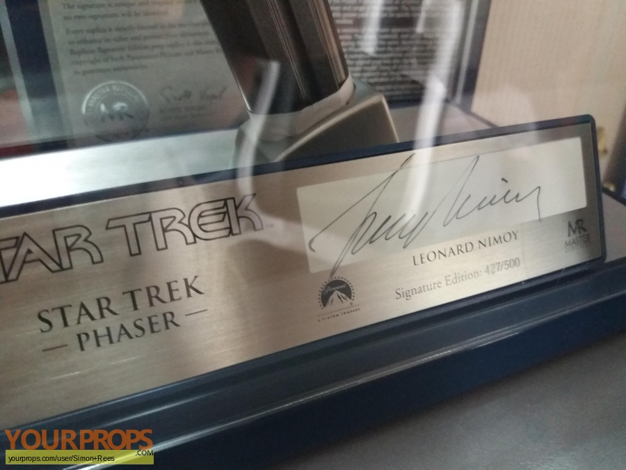 Star Trek The Original Series Master Replicas movie prop weapon