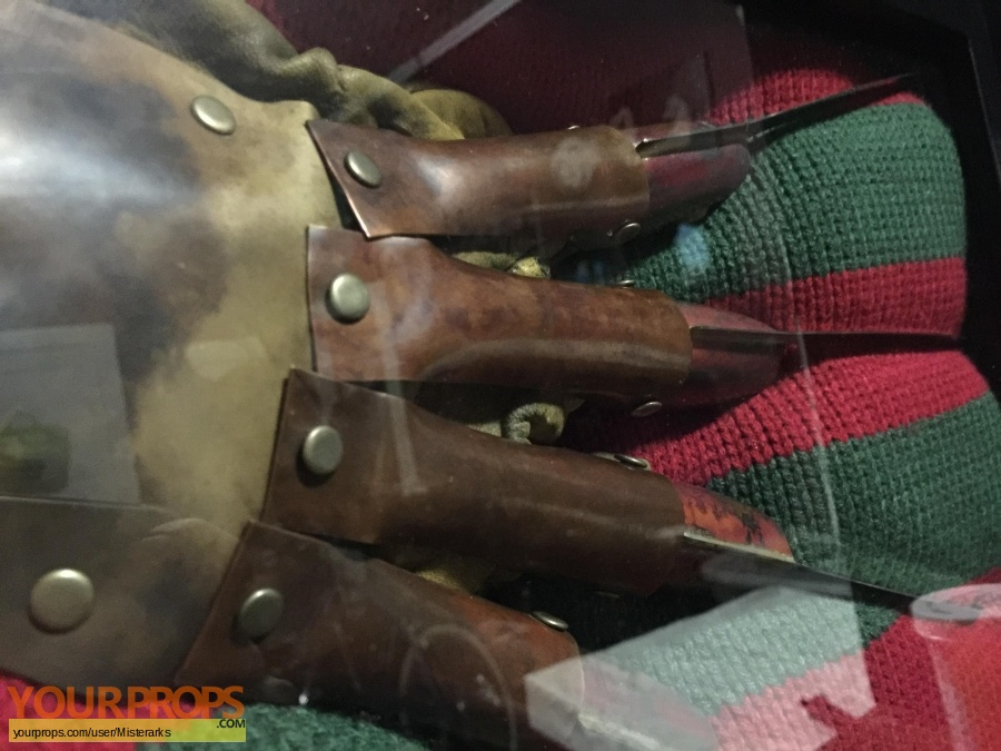 A Nightmare On Elm Street Master Replicas movie prop