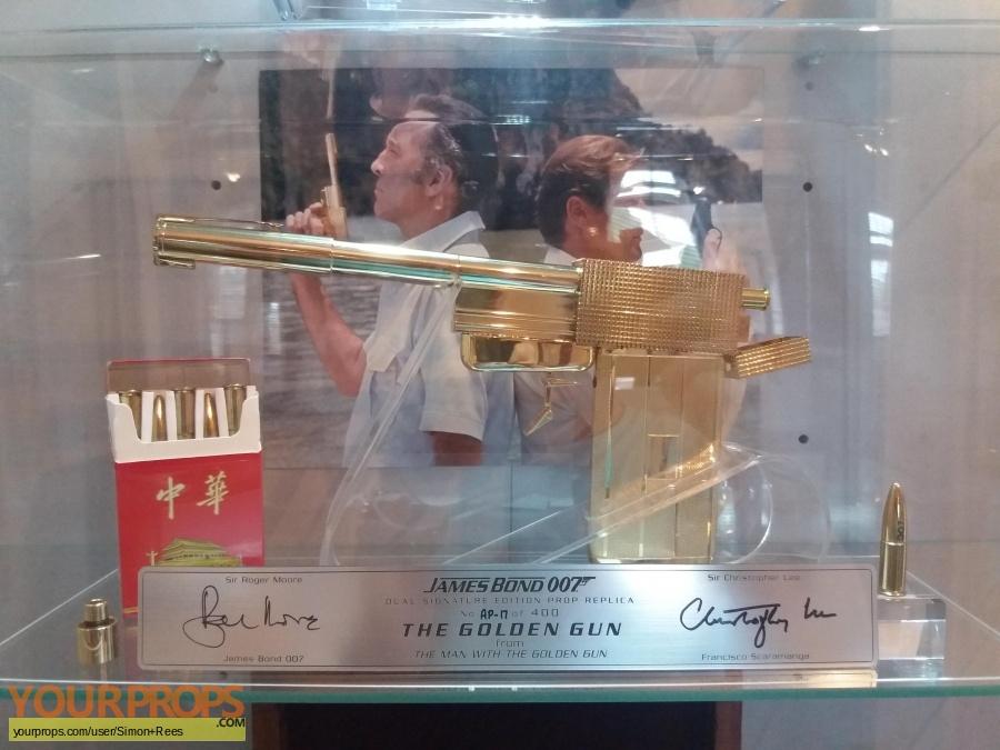 James Bond  The Man With The Golden Gun replica movie prop weapon