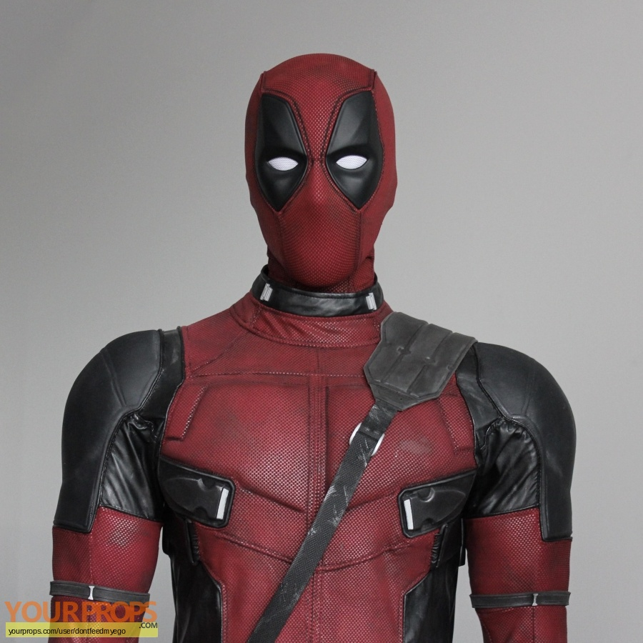 Deadpool replica movie costume