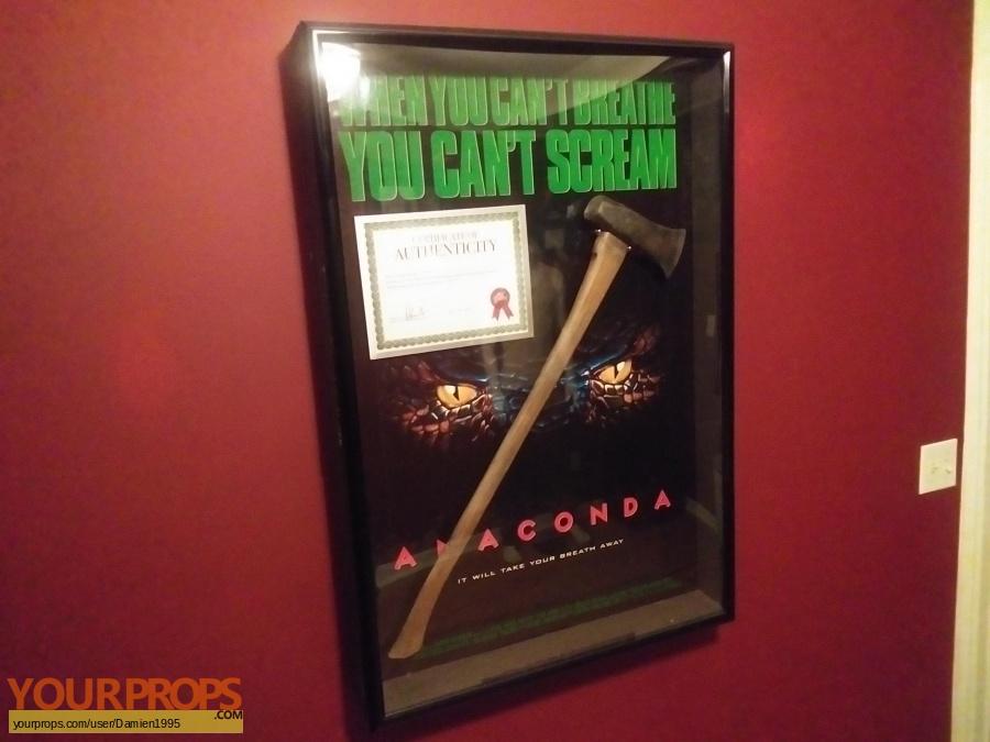 Anaconda original movie prop