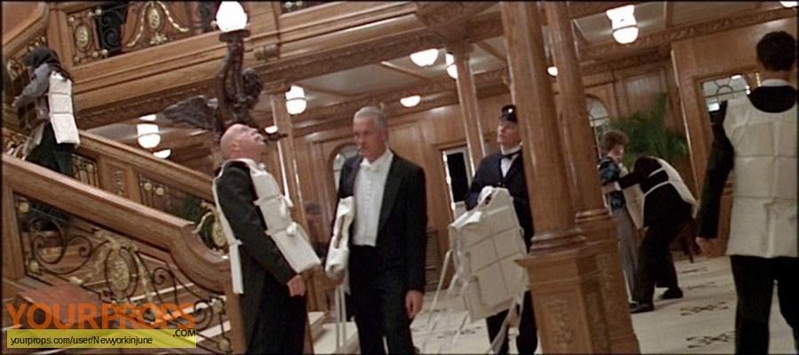 Titanic original movie costume