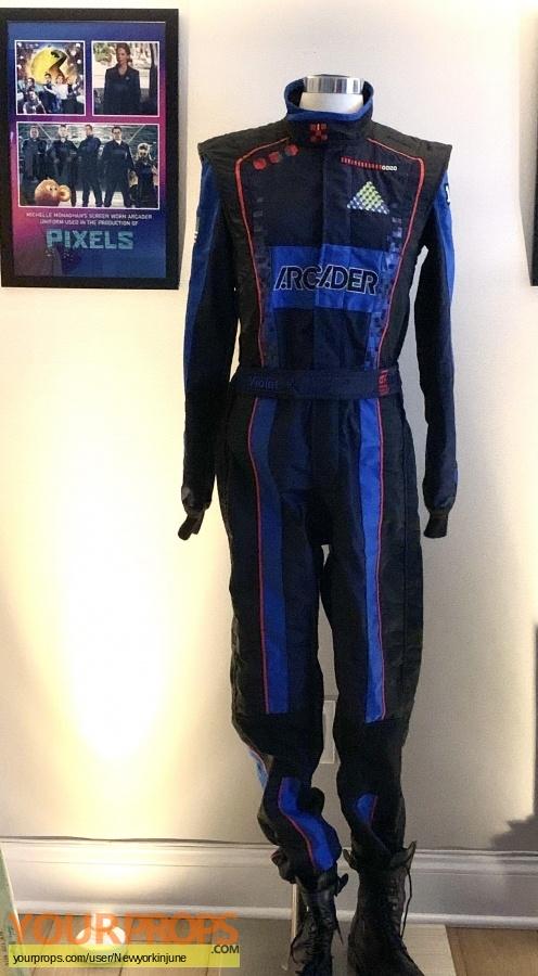 Pixels original movie costume