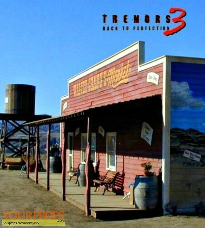 Tremors 3 original set dressing   pieces