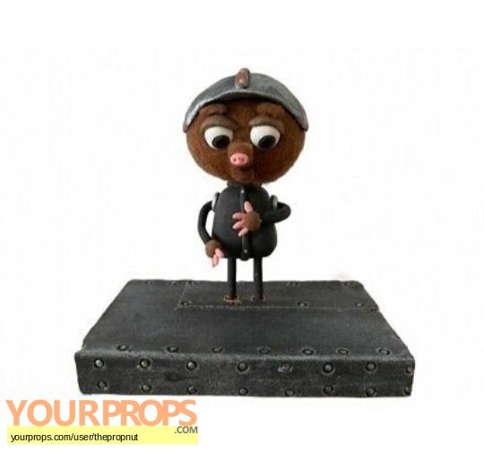 Strike original model   miniature