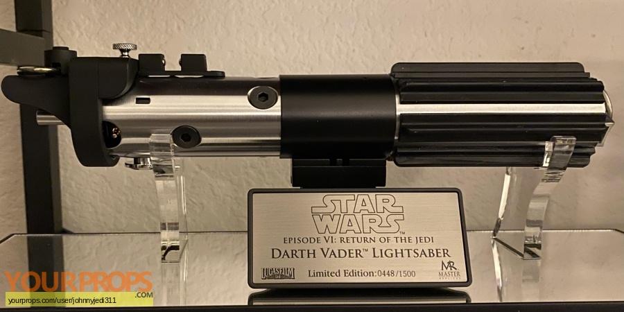 Star Wars Episode 6  Return of the Jedi Master Replicas movie prop