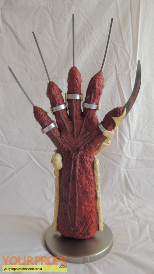 New Nightmare (Wes Cravens) made from scratch movie prop