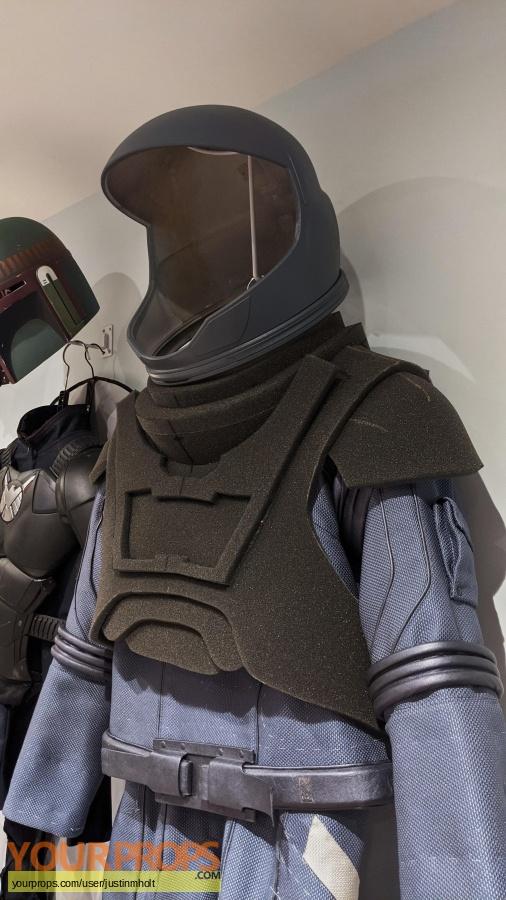 Passengers original movie costume