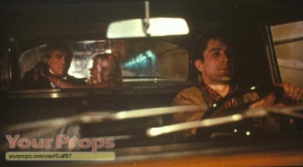 essay on taxi driver Travis becomes a hero the irony of him becoming the hero is in the script - paul schrader 4 according to conventional wisdom, the ending of taxi driver presents a.
