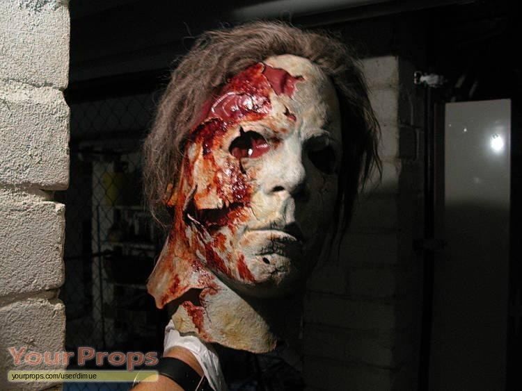 Halloween 2 (Rob Zombie's) Michael Myers hospital scene mask ...