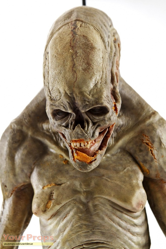 Alien: Resurrection Alien Newborn ADI Rod Puppet original movie prop