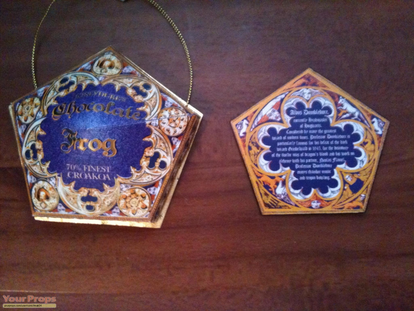 Harry Potter movies chocolate frog box and card replica movie prop