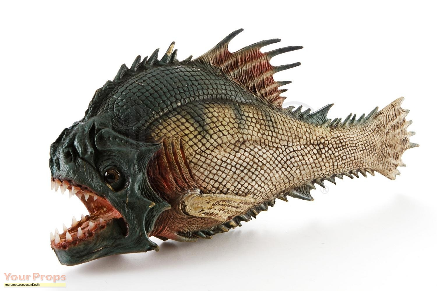 Piranha 3dd static piranha fish puppet original movie prop for Pictures of piranha fish