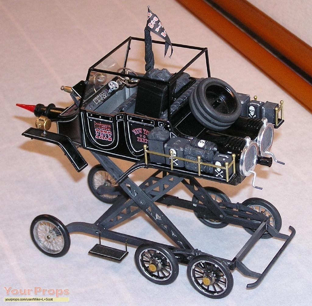 The Great Race Hannibal Twin Eight 1/18th Scale Model