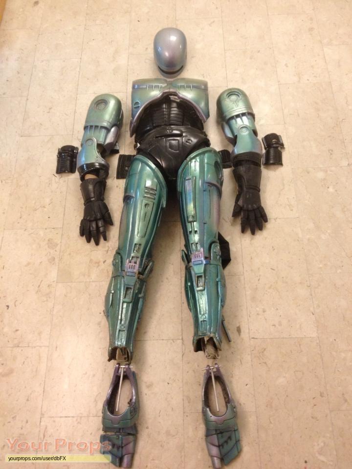 Robocop Screen used hero suit original movie prop Robocop 1987 Suit