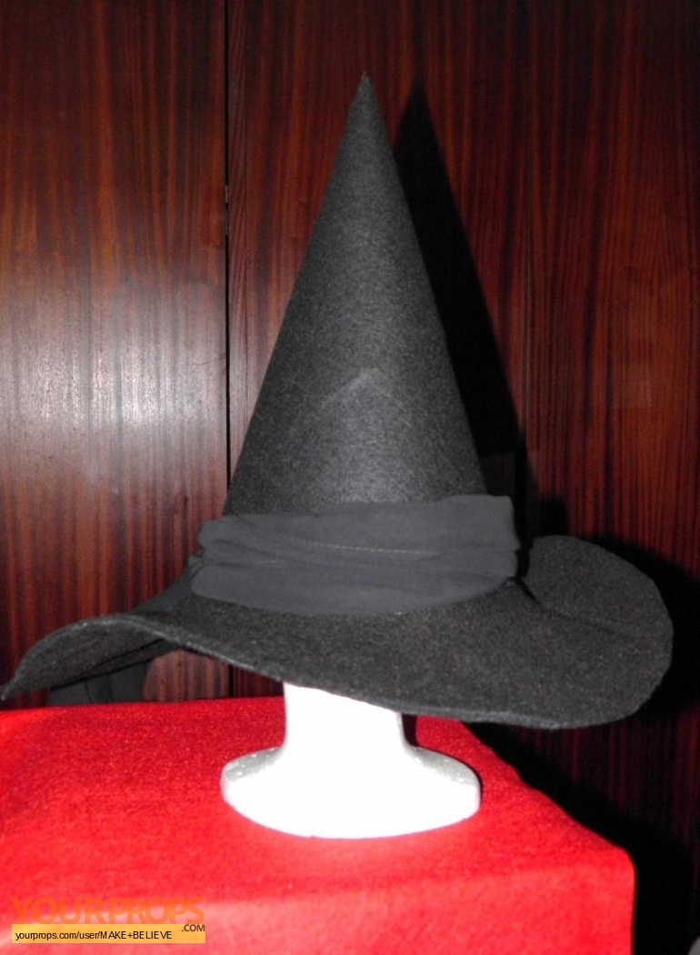 The Wizard of Oz Wicked witch of the west hat replica made from ...